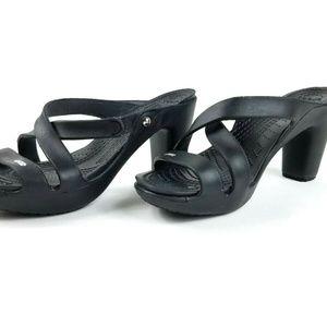 Crocs Women's 9 Black Cypress IV Heels Sandal